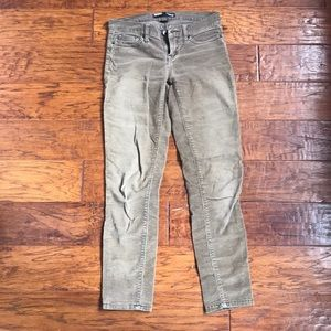 BDG Corduroy's in Taupe